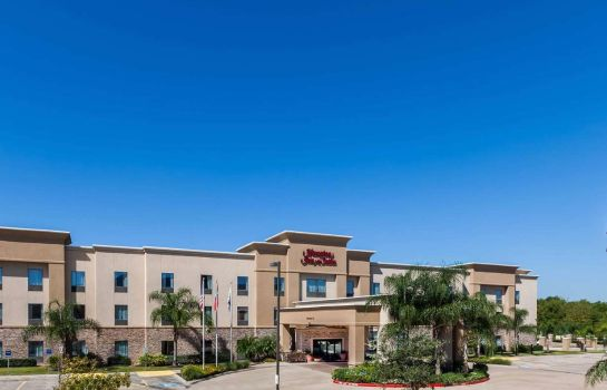 Exterior view Hampton Inn and Suites Lake Jackson-Clute