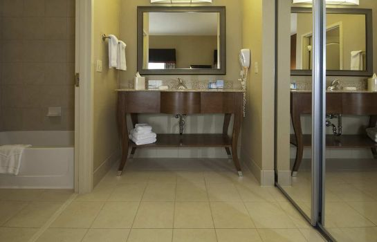 Suite Hampton Inn - Suites Wichita-Northeast