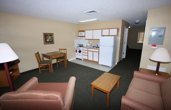 Zimmer AFFORDABLE SUITES WILSON