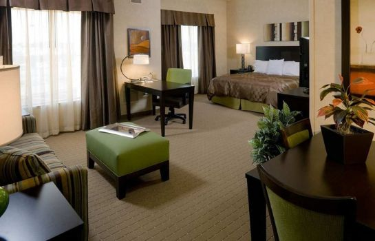 Zimmer Homewood Suites by Hilton York