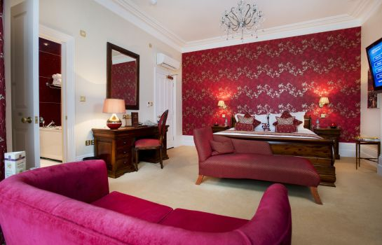 Suite The Clarence Boutique Hotel