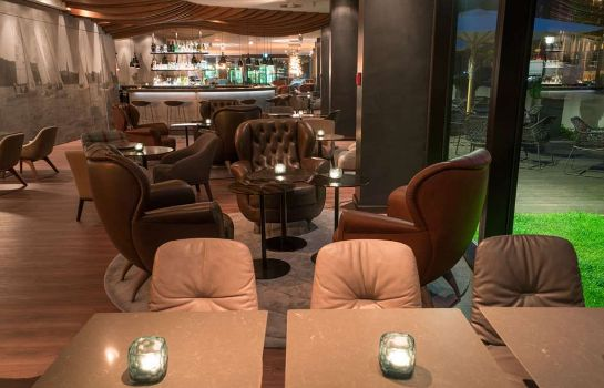 Hotel bar Motel One Hamburg-Alster
