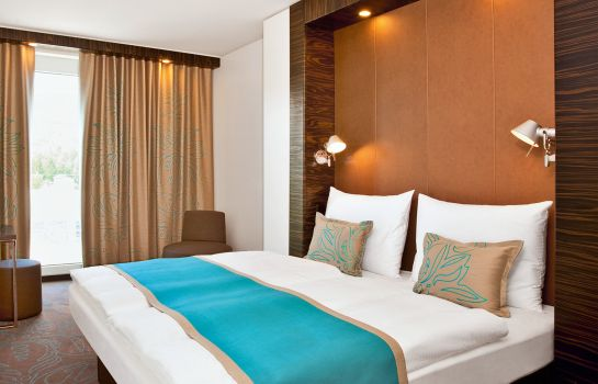 Single room (standard) Motel One Hamburg-Alster