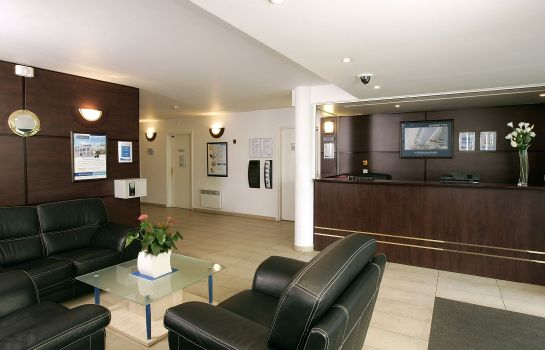Hotelhalle Comfort Suites Port Marly Paris Ouest