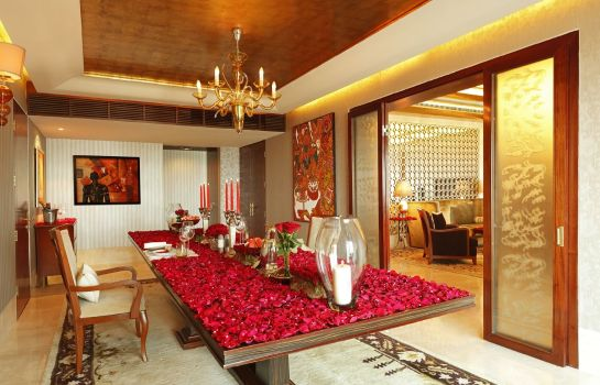 Suite The Leela Ambience Gurgaon Hotel & Residences