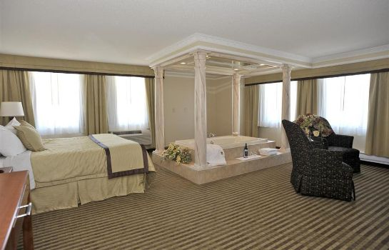 Suite Monte Carlo Inns - Barrie Suites