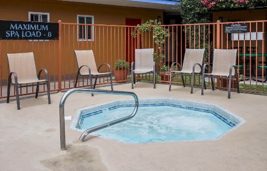 Whirlpool Quality Inn & Suites Anaheim At The Park