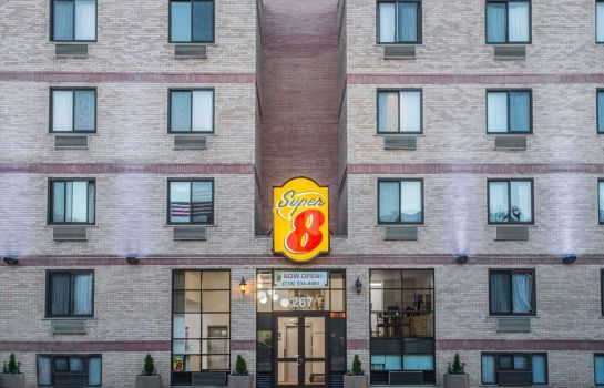 Exterior view Super 8 by Wyndham Brooklyn / Park Slope Hotel