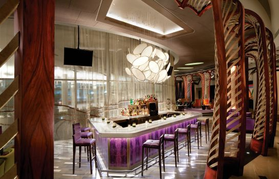 Hotel bar Vdara Hotel and Spa
