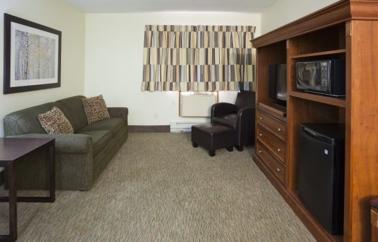 Suite FARGO INN AND SUITE