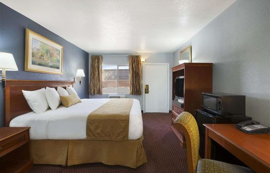 Zimmer Travelodge by Wyndham Flagstaff Near I-40