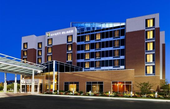 Exterior view Hyatt Place Garden City