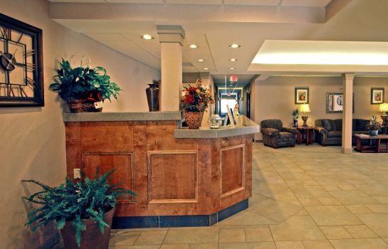 Hotelhal PAOLA INN AND SUITES