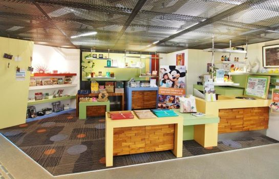 Reading room Y Loft Youth Square