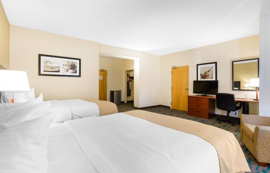 Zimmer an Ascend Hotel Collection Member Gateway Hotel & Suites