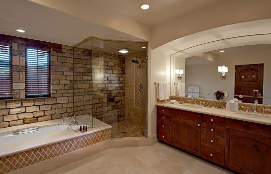 Bagno in camera A RockResort The Lodge at Vail