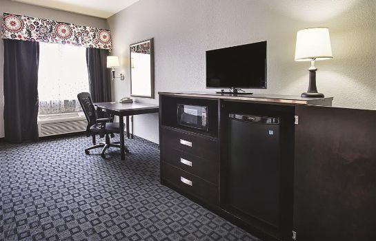 Zimmer La Quinta Inn Ste Dallas Hutchins