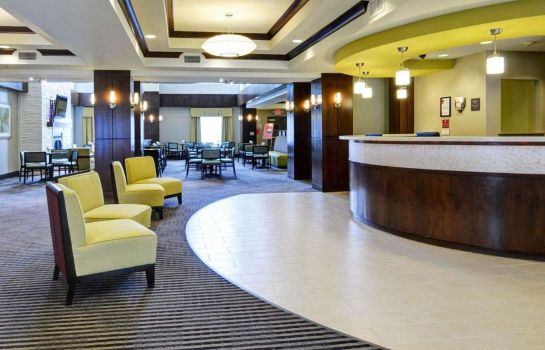 Lobby Comfort Suites Little Rock West