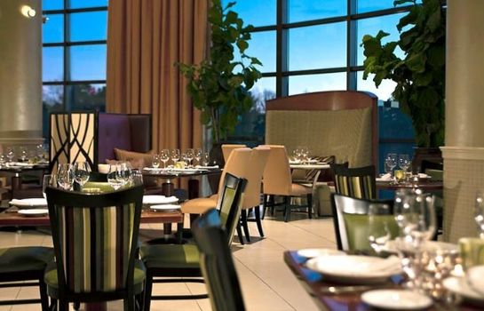 Restaurant Renaissance Raleigh North Hills Hotel