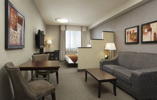 Suite ACCLAIM HOTEL CALGARY AIRPORT