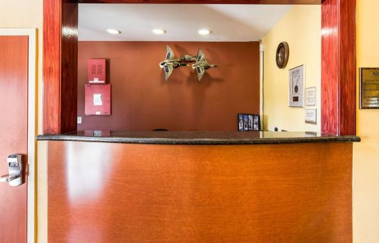 Lobby Econo Lodge Inn & Suites Little Rock