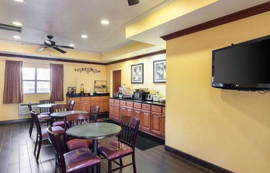 Restaurant Econo Lodge Inn & Suites Little Rock