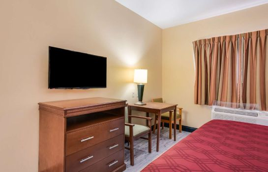Camera Econo Lodge Inn and Suites Little Rock S