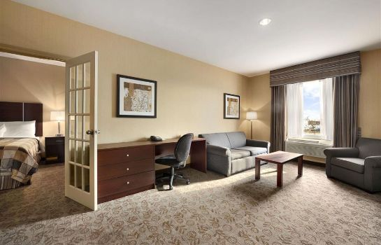 Room Days Inn by Wyndham Brampton