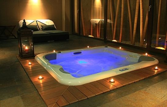Whirlpool Capitulo Trece Boutique & Spa