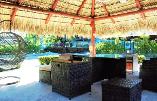 Terraza Beach Break Resort