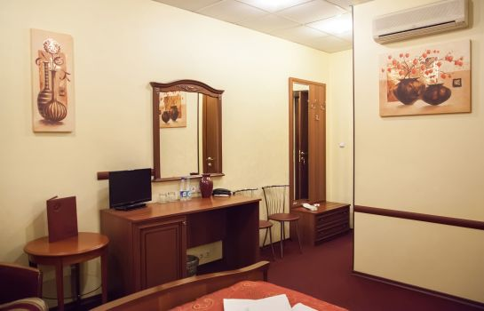 Chambre double (confort) Altburg on Nevsky 53