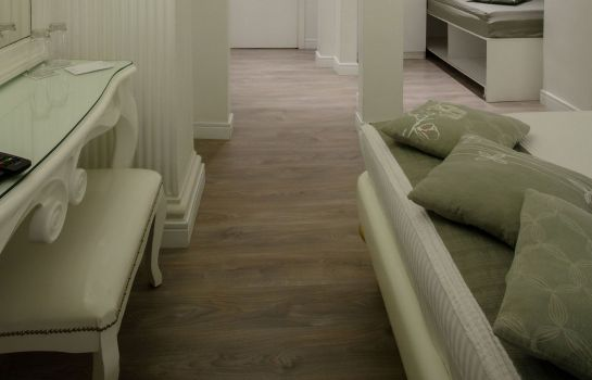 Zimmer Athens Diamond Homtel