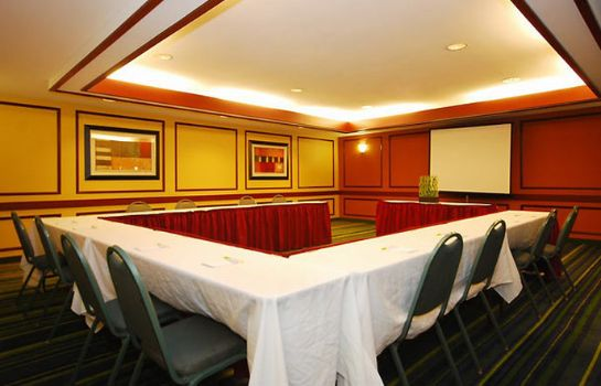 Sala konferencyjna Quality Inn Boston-Revere
