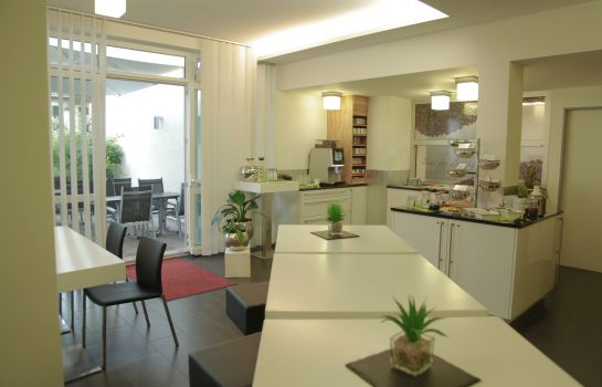 Ontbijtzaal Boardinghouse HOME - adults only