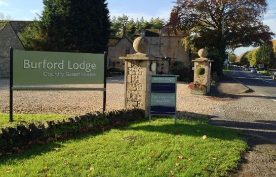 Picture Burford Lodge