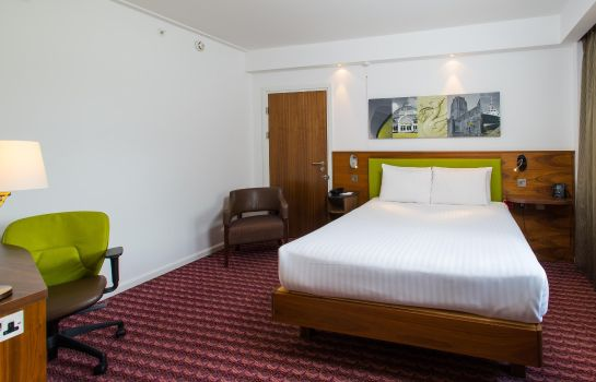 Zimmer Hampton by Hilton Liverpool City Centre