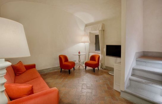 Suite NH Collection Firenze Porta Rossa