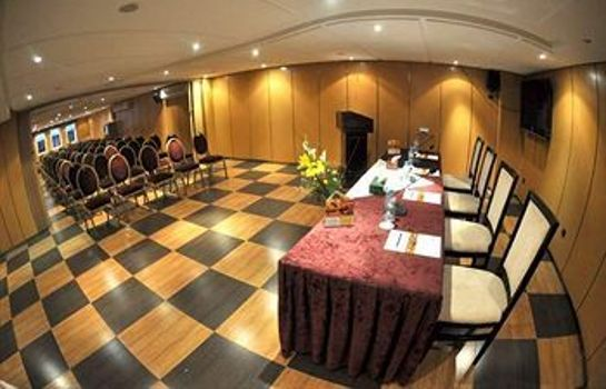 Meeting room Oum Palace Hotel & Spa