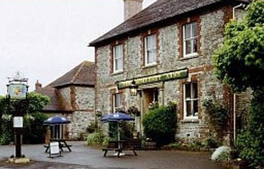 Exterior view The Somerset Arms