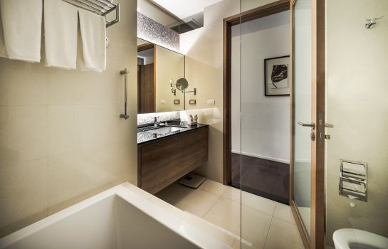 Badezimmer Akyra Thonglor Bangkok formerly Pan Pacific Serviced Suites