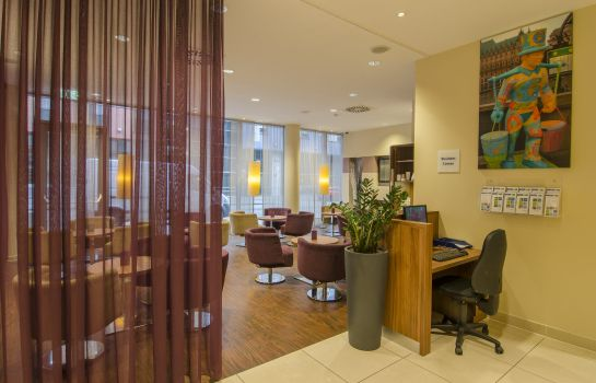 Hotelhalle Holiday Inn Express HAMBURG-ST. PAULI MESSE