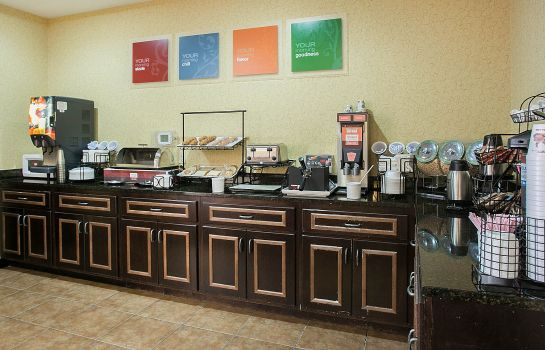 Restaurant Comfort Inn and Suites Near Fort Gordon