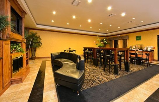 Restaurant Comfort Suites Bay City