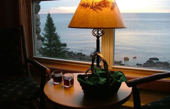 Kamers COVE POINT LODGE