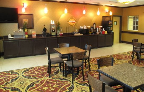 Hall La Quinta Inn and Suites Big Spring
