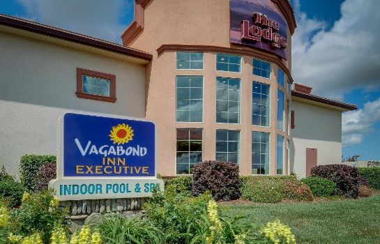 Exterior view VAGABOND INN EXECUTIVE CORNING