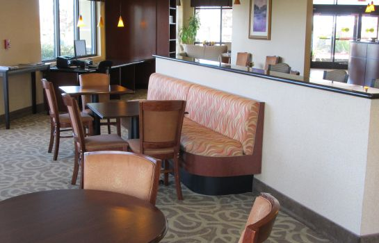 Restaurant Country Inn and Suites Dixon CA