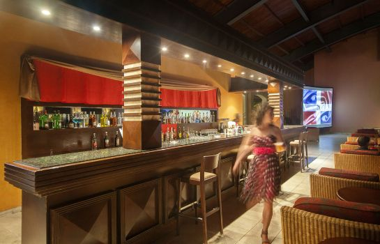 Hotel bar Majestic Elegance Punta Cana - All Inclusive