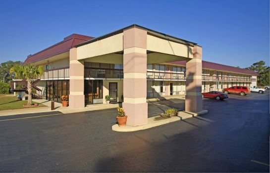 Exterior view Americas Best Value Inn V1305