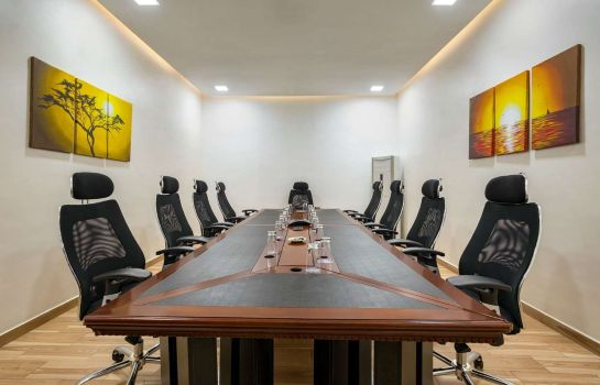 Conference room HAWTHORN SUITES BY WYNDHAM ABU